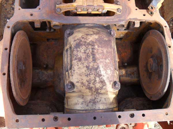 Caterpillar D4 Series Bulldozer Backebd Replacement